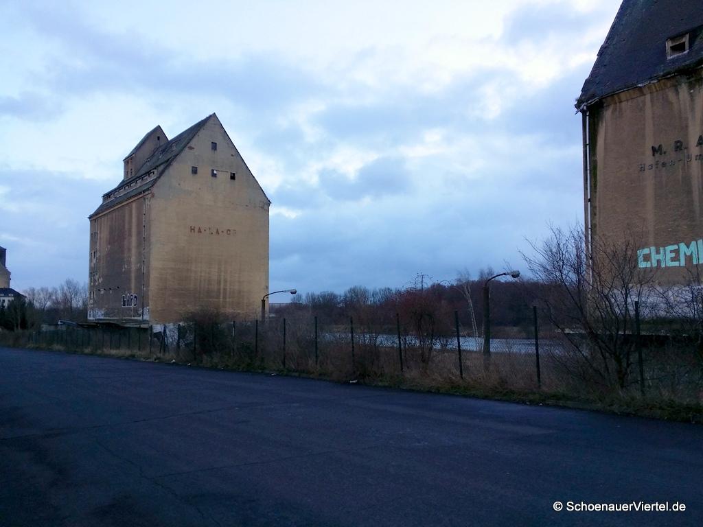 Industriegebäude Lindenauer Hafen