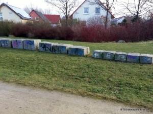 Sitzsteine Schönauer Welle